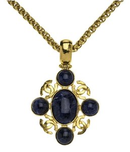 Chanel Vintage Chanel Gripoix Necklace