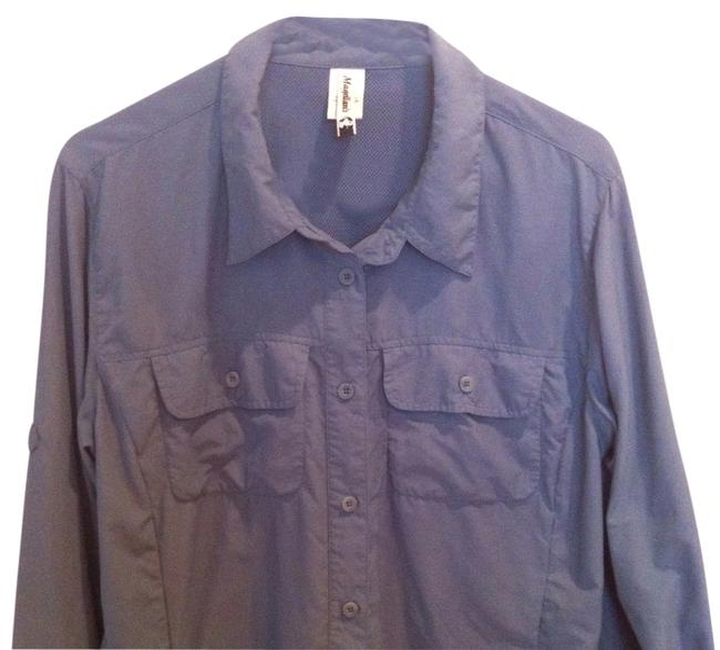Preload https://item1.tradesy.com/images/blue-vented-travel-shirt-l-large-14-high-quality-blouse-size-12-l-373090-0-0.jpg?width=400&height=650