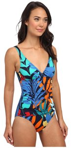 Tommy Bahama Tommy Bahama Tropical Leaf V Neck Surplus Front Cup Size 4