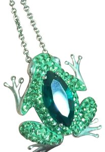 Necklace Green CZ Frog on A silver chain