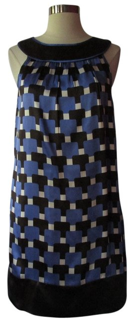 Preload https://item3.tradesy.com/images/maggy-london-bluewhite-above-knee-short-casual-dress-size-4-s-3732727-0-0.jpg?width=400&height=650