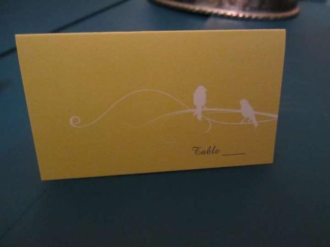 Item - Yellow and White 70 Blank Place Cards with Bird
