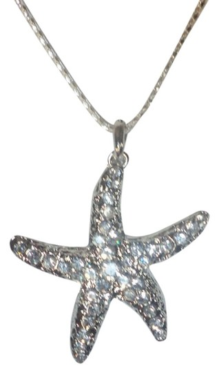 """Other Large Starfish Pendant Necklace With 20"""" Silver Plated Box Chain"""
