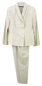 Amanda Smith Two-Piece Wool Crepe Double-Breasted Cream Pants Ensemble