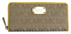 Michael Kors Jet Set Items Signature Jacquard Zip Around Continental Wallet