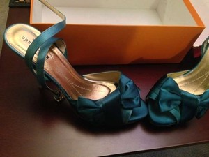 Kate Spade Teal Pumps Size US 7.5