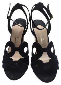Isa Tapia Black Wedges