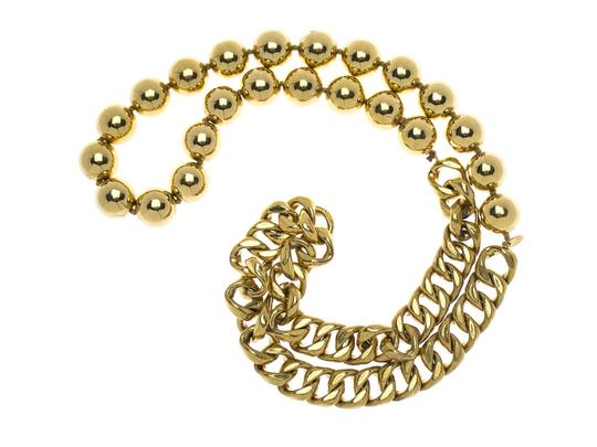 Chanel Chanel Vintage Link Ball Necklace