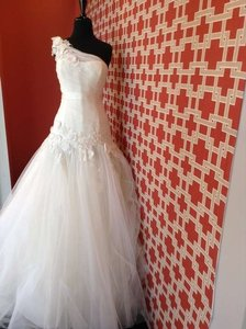 Enzoani Floro Wedding Dress