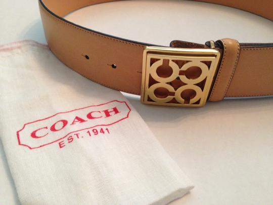 Coach COACH Tan Leather Belt with Gold Buckle MEDIUM