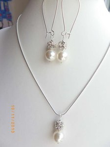 Other Set Of Swarovski Crystal Ball And White Pearl Earrings