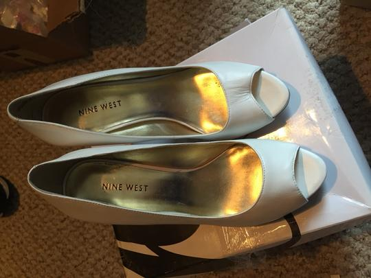 Nine West White Leather Pumps