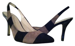 Anne Klein Black and Beige Pumps