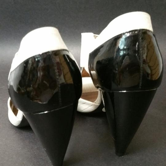 Pour La Victoire Animal Print Heels WHITE/BLACK Formal