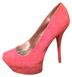 Qupid Coral/Salmon/Pink Pumps