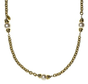 Chanel Chanel Vintage Pearl Necklce