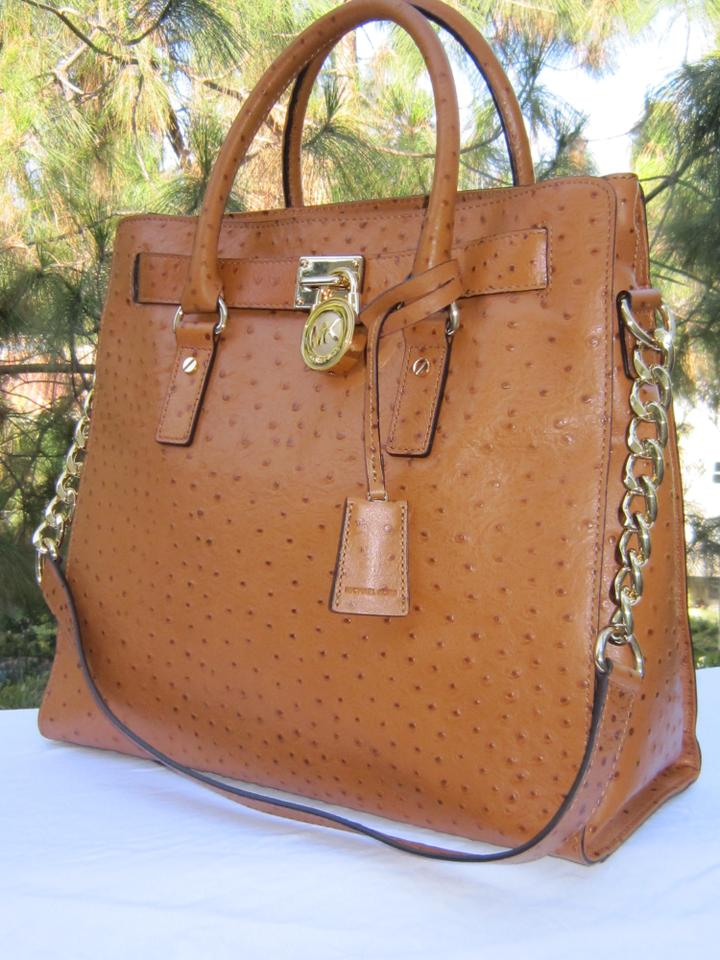 b7a0e32f3300 Michael Kors Ostrich Embossed Leather Lock And Key Gold Hardware Tote in  Brown Image 9. 12345678910
