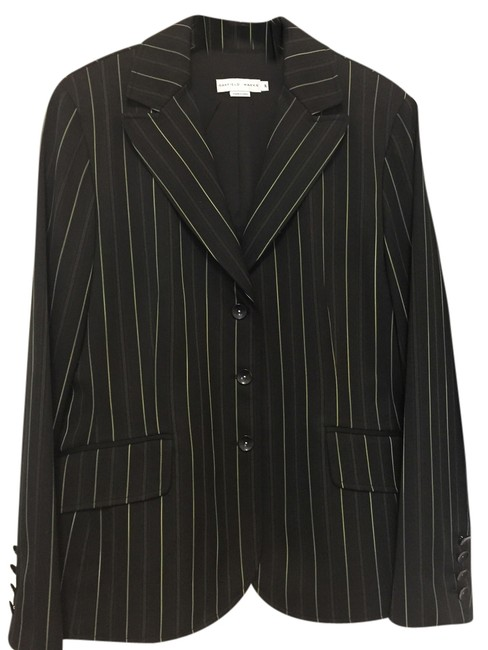 Preload https://item4.tradesy.com/images/garfield-and-marks-black-with-green-striped-dco2386mg-skirt-suit-size-16-xl-plus-0x-3745993-0-0.jpg?width=400&height=650