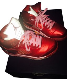 Air Jordan Red & pink Athletic