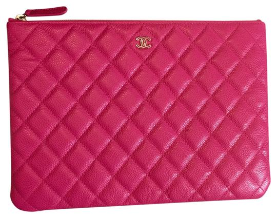 Preload https://item3.tradesy.com/images/chanel-hot-pink-clutch-3748672-0-0.jpg?width=440&height=440