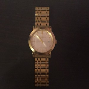 Burberry Burberry Gold Oversized Watch
