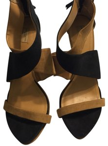 Zara Creme And Black Sandals