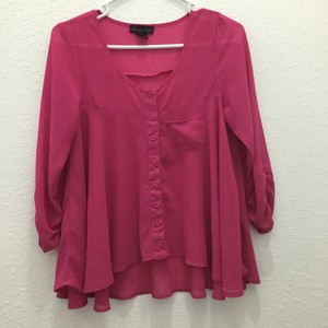 Material Girl Crop Button Down Top Fuschia