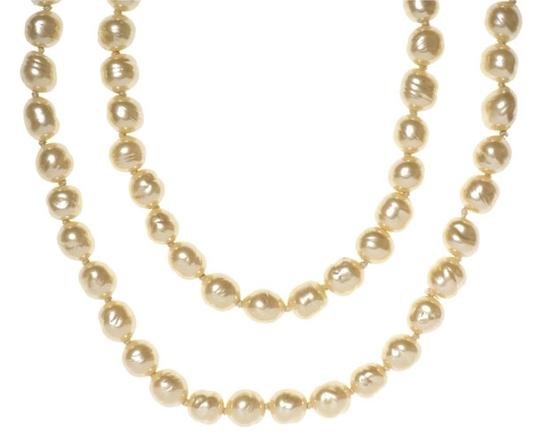 Chanel Chanel Vintage Faux Pearl Necklace