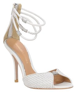 Badgley Mischka Leather Special Occasion Formal NEW white Sandals