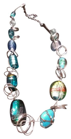 Preload https://item2.tradesy.com/images/blue-and-green-fun-yet-elegant-necklace-375856-0-0.jpg?width=440&height=440