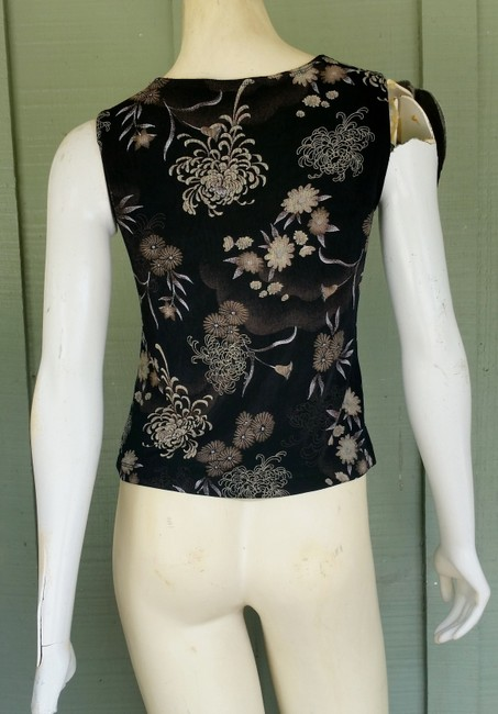 Vikki Vi Slinky Travel Knit Asian Floral Top Black