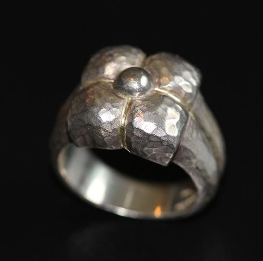 Tiffany & Co. Tiffany & Co. sterling silver ring size US 6.5 Image 1