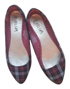 dELiA*s Red Plaid Flats