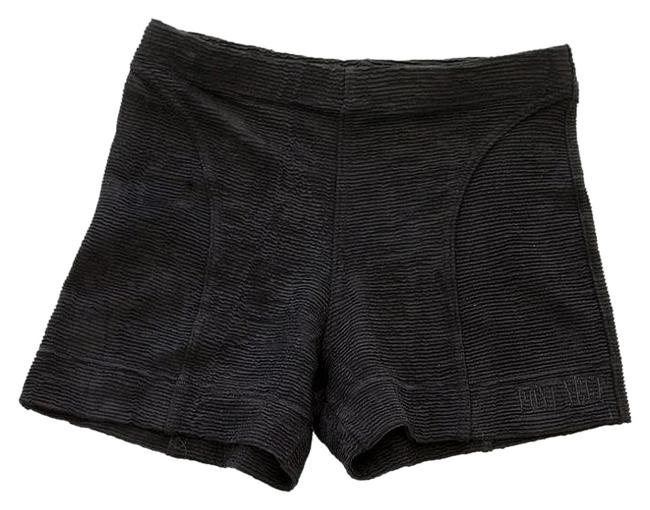 Preload https://item1.tradesy.com/images/black-stretchy-activewear-shorts-size-4-s-27-3763105-0-2.jpg?width=400&height=650