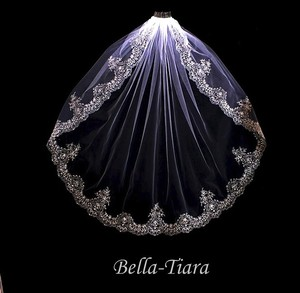 Bella Tiara Ivory Medium Royal Collection - Embroidered Vintage Beaded Edge Bridal Veil