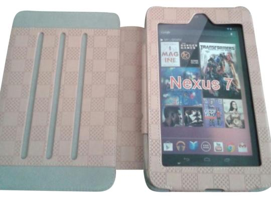 Preload https://item5.tradesy.com/images/light-peach-tablet-case-for-7-tablet-tech-accessory-3766174-0-0.jpg?width=440&height=440