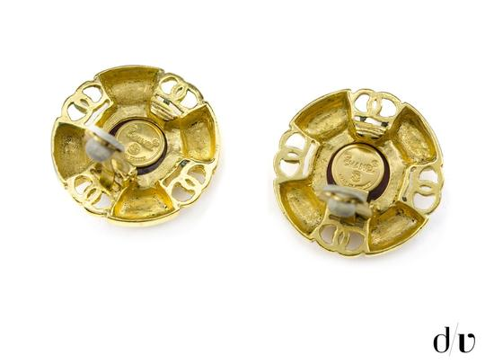 Chanel Chanel Vintage Round Earrings