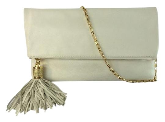 Preload https://img-static.tradesy.com/item/3766438/michael-kors-tonne-large-fold-over-tassel-clutch-ecru-white-leather-shoulder-bag-0-1-540-540.jpg