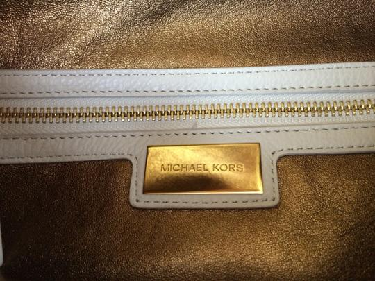 Michael Kors Tonne Fold Over Off Leather Foldover Shoulder Bag