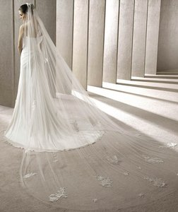 Ovias Off White Long Cathedral Bridal Veil