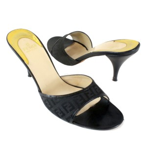 Fendi Zucca Ff Heels Cavali Quilted Black Pumps