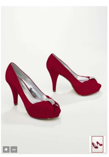 Item - Apple Red Diana Pumps Size US 7.5