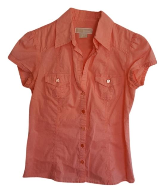 Preload https://item3.tradesy.com/images/michael-kors-coral-mk-button-down-top-size-4-s-3767287-0-0.jpg?width=400&height=650