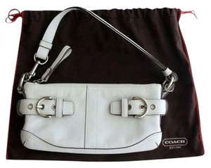 Coach Leather Silver Hardware Baguette Writstlet Spring Summer Casual Chic Vintage Hampton Shoulder Bag