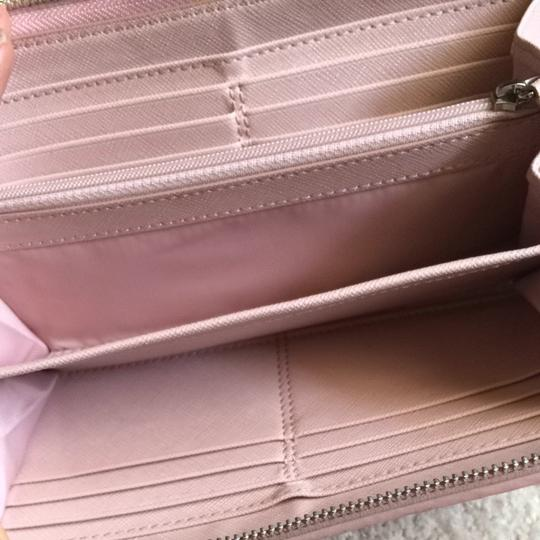 Coach Leather Baby Pink Coach Wallet