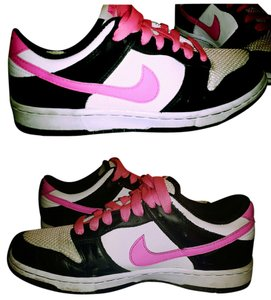 Nike Black, white and pink Athletic