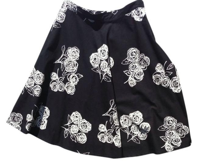 H&M A Line A-line Knee Length Short H & M & Office Work Dressy Casual Basic 4 Small Sm Xs Extra Small Classic Bold Skirt Black And White