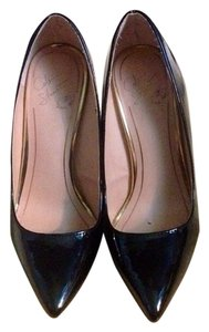 Colin Stuart Black Pumps