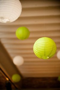 Party City Green Paper Lanterns Reception Decoration