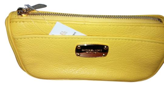 Preload https://item1.tradesy.com/images/michael-kors-citrus-yellow-leather-cosmetic-bag-3778450-0-0.jpg?width=440&height=440